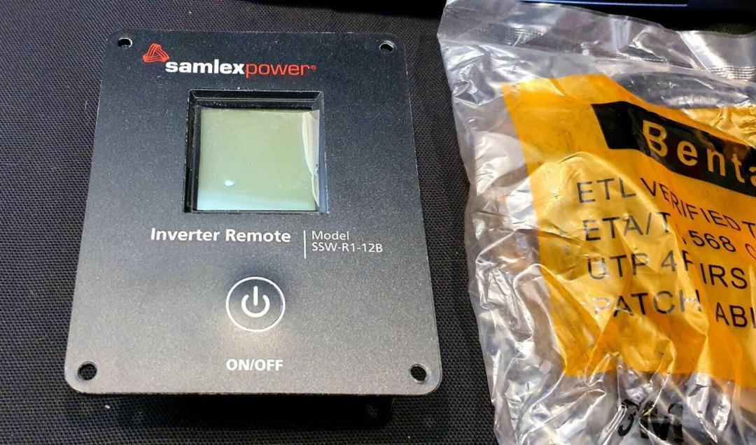 Samlex America SSW-2000-12A 2000 Watt Pure Sine Wave Inverter