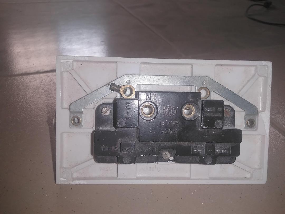 MK 2 Gang DP Switched Twin Socket 13A