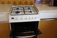 Bush Gas Cooker AG66TW (Used)-img_9391-thumb